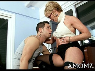 Sultry mommy drilled by a sexy guy